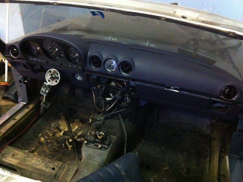 MB 350 SL Armaturenbrett Neuaufbau